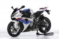 BMW пуска S 1000 RR Superstock