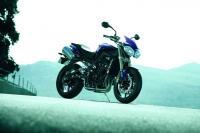Triumph разкри модел 2012 на Street Triple